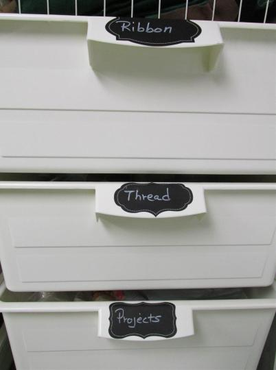 labels-bins