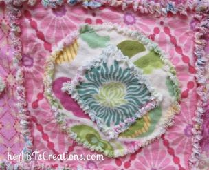 baby-flannel-square-on-circle-large