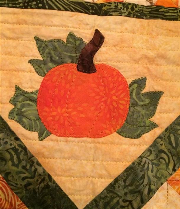 Pumpkin applique (Medium)